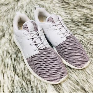 Nike Roshe One Knit Running Shoes 8